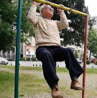 Fisioterapia en la tercera edad.